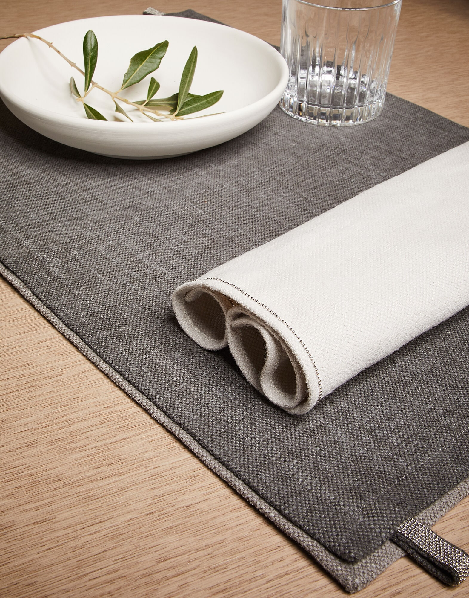 Table Linens Chalk Lifestyle 1   Brunello Cucinelli