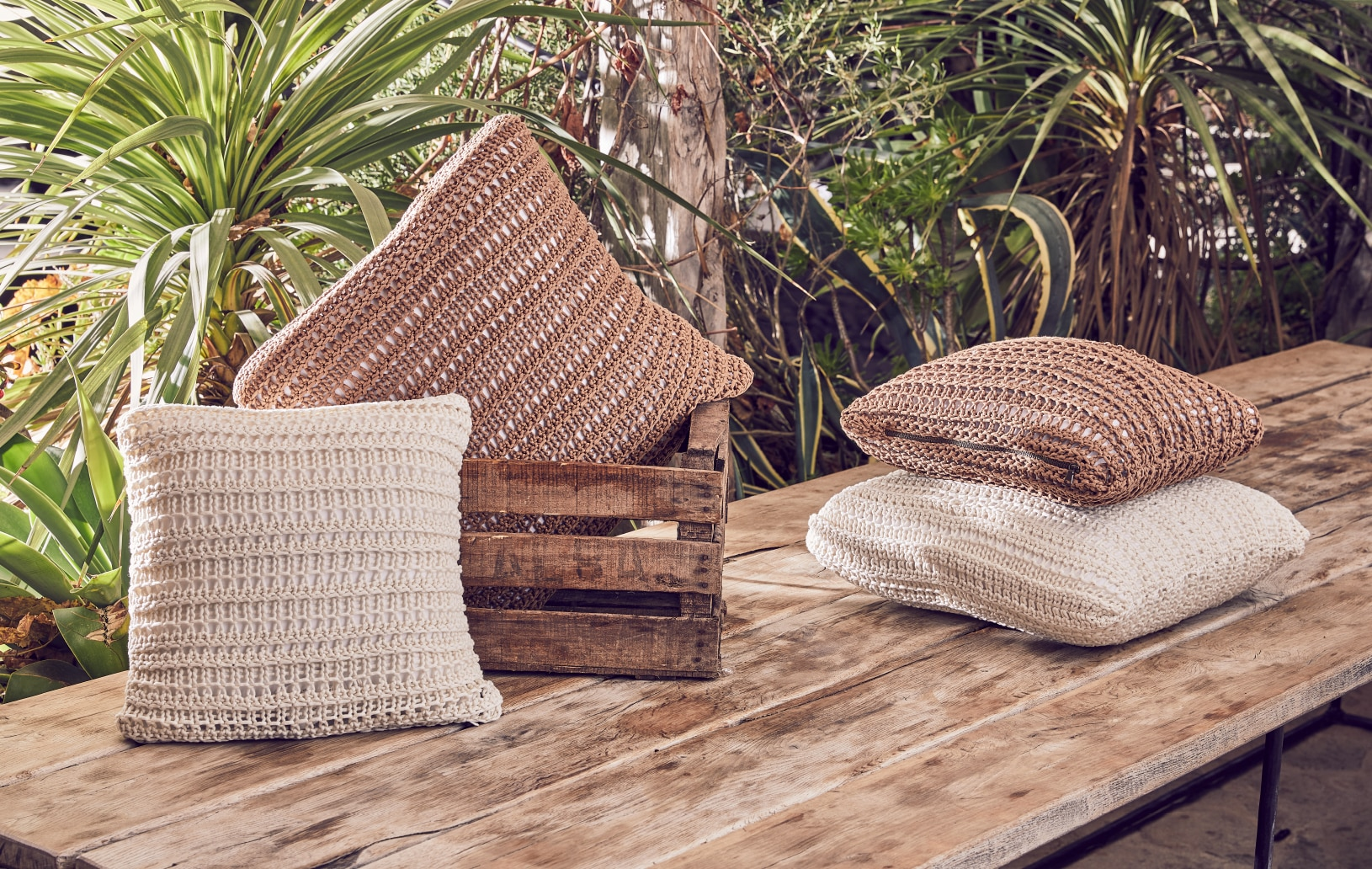 Lifestyle Spring-Summer Collection - Cushions