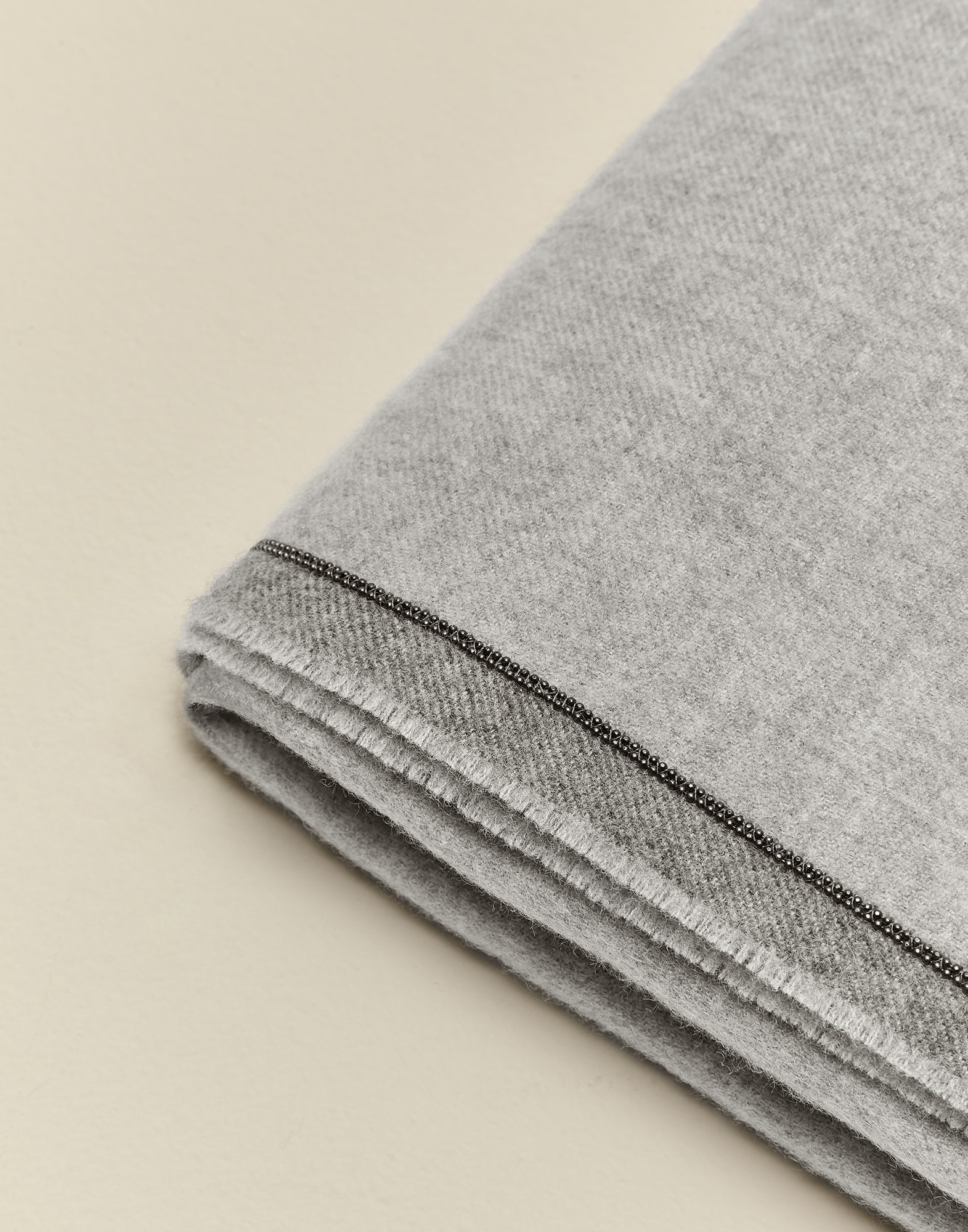 Throws Light Grey Lifestyle 3 - Brunello Cucinelli