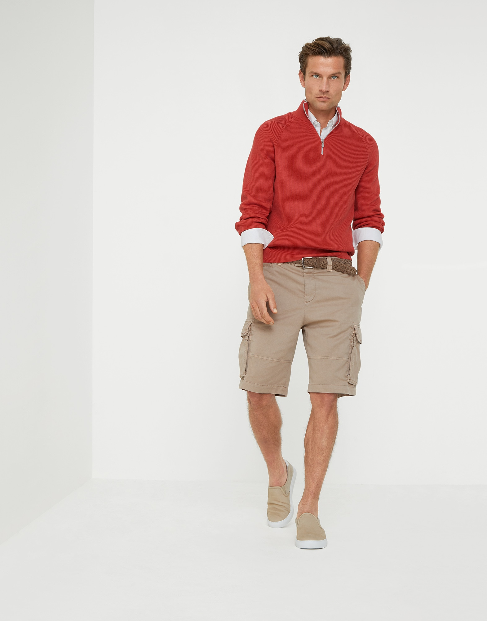 Sweater with zip opening - Look
