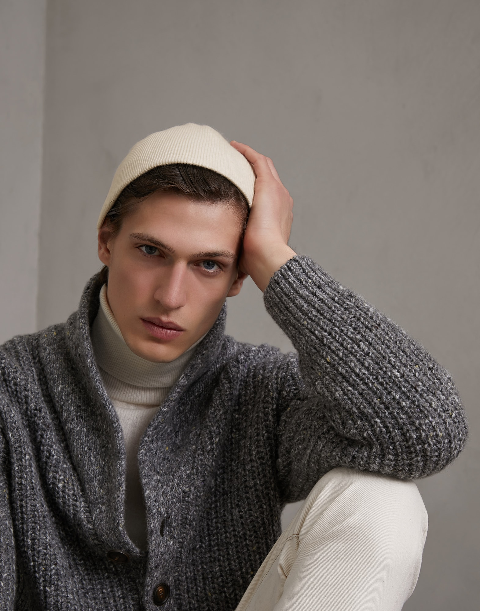 Skullcap - Editorial