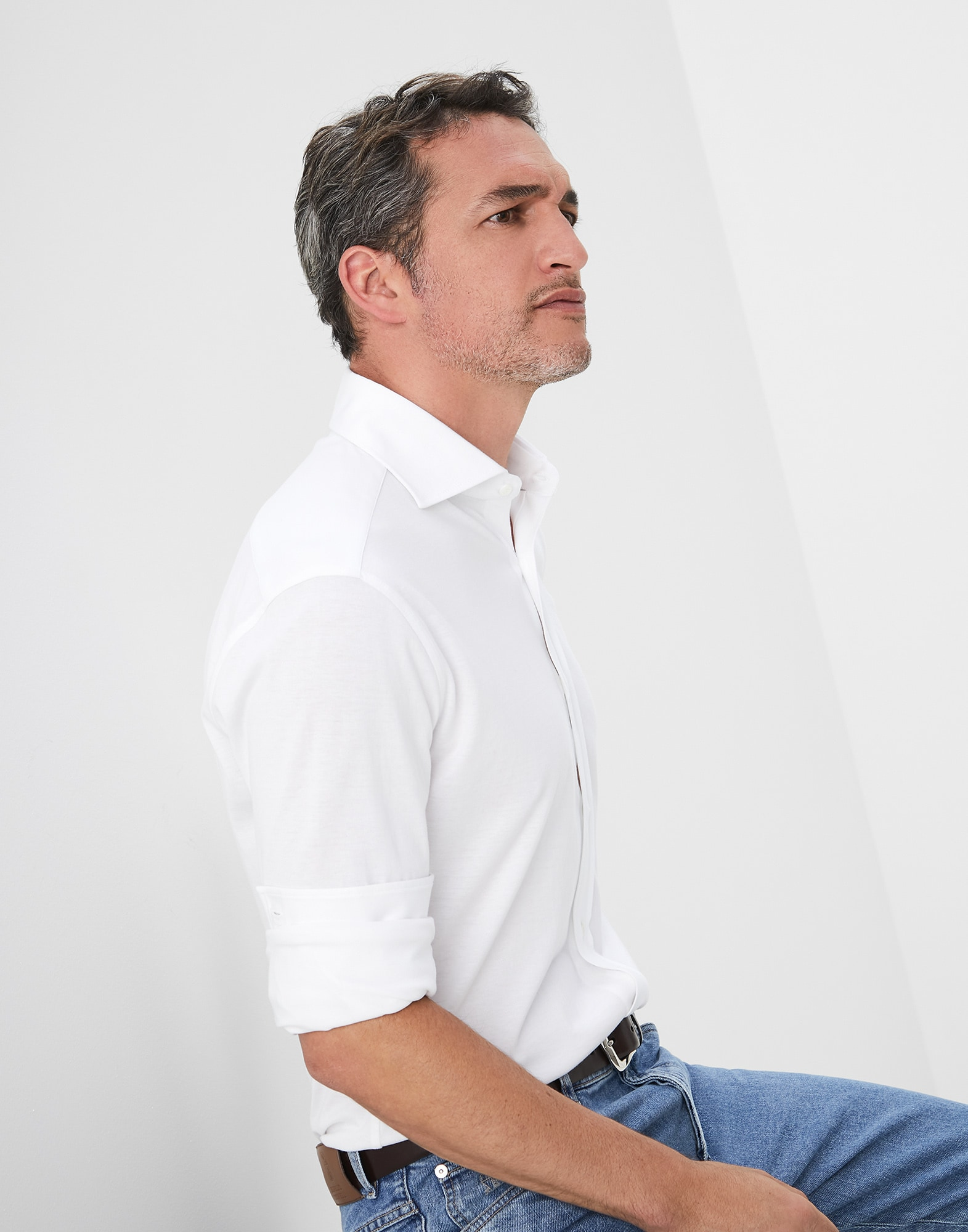 Camisa Cuello Francés - Vista editorial