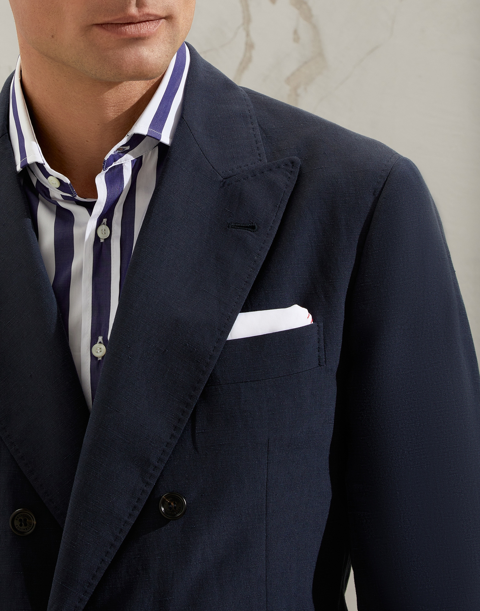 One-and-a-Half-Breasted Blazer - Detail