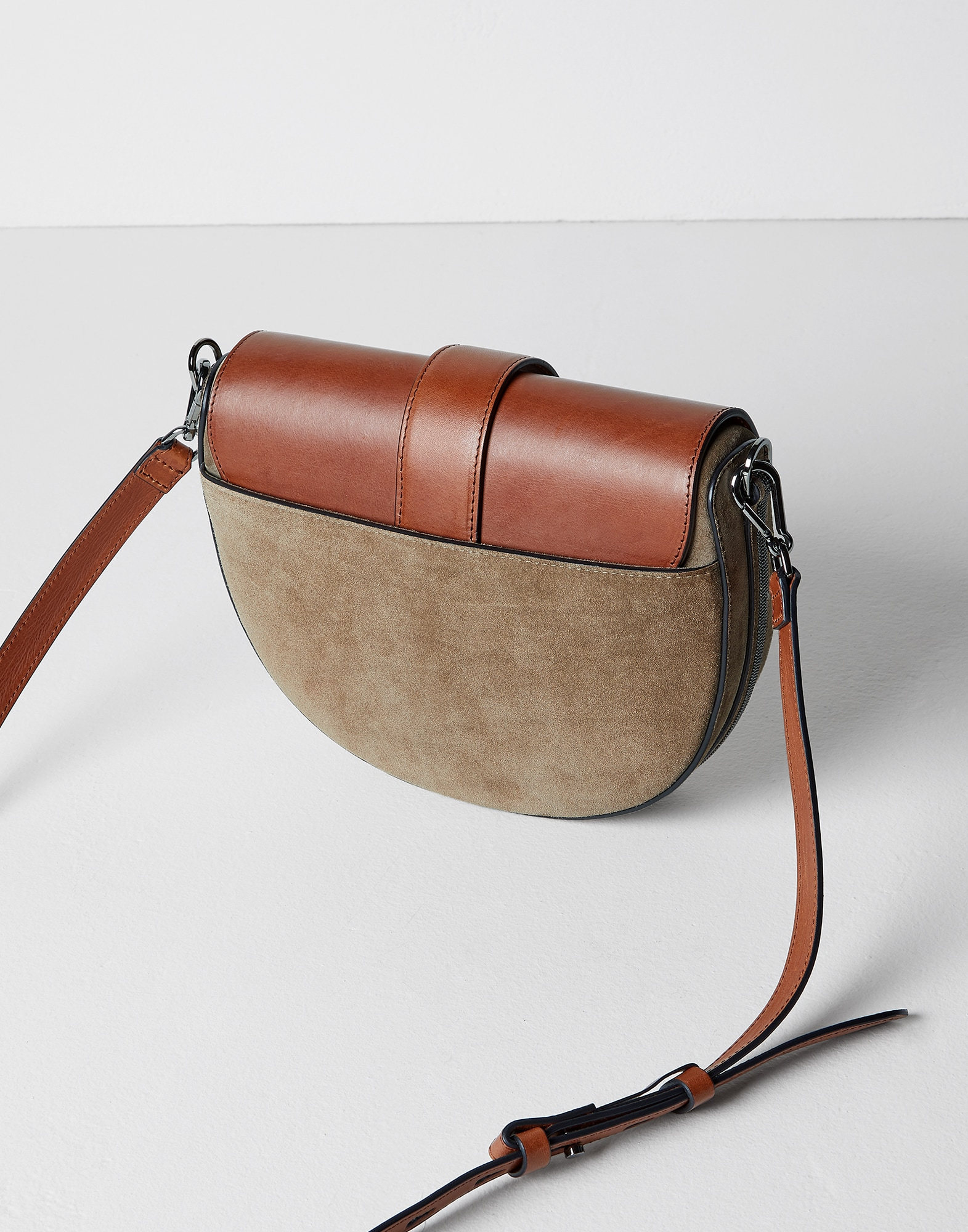 Shoulder Bag - Back