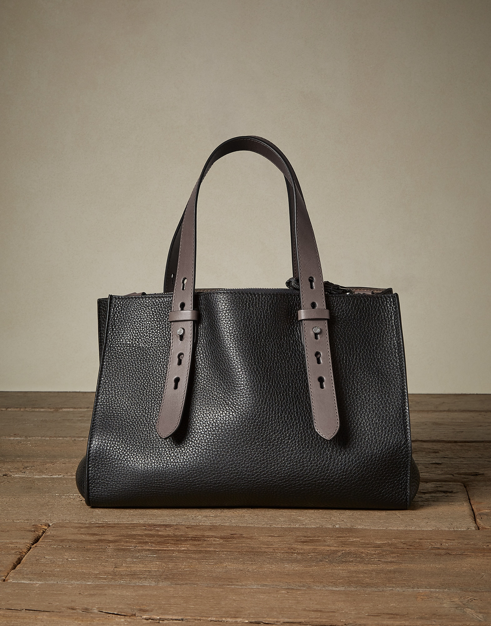 Shopper Bag Black Woman 1 - Brunello Cucinelli