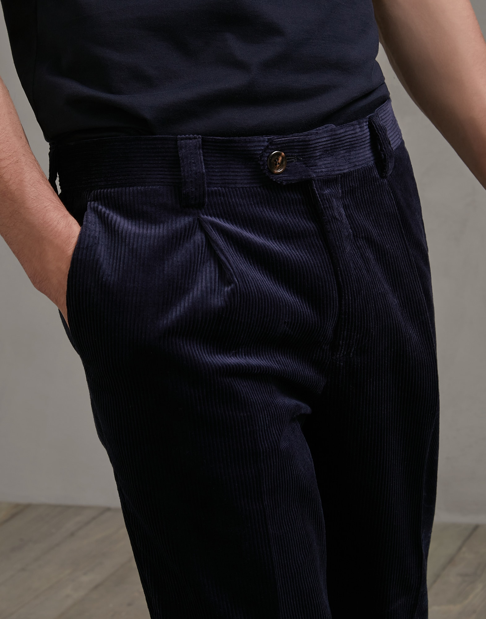 Trousers - Detail