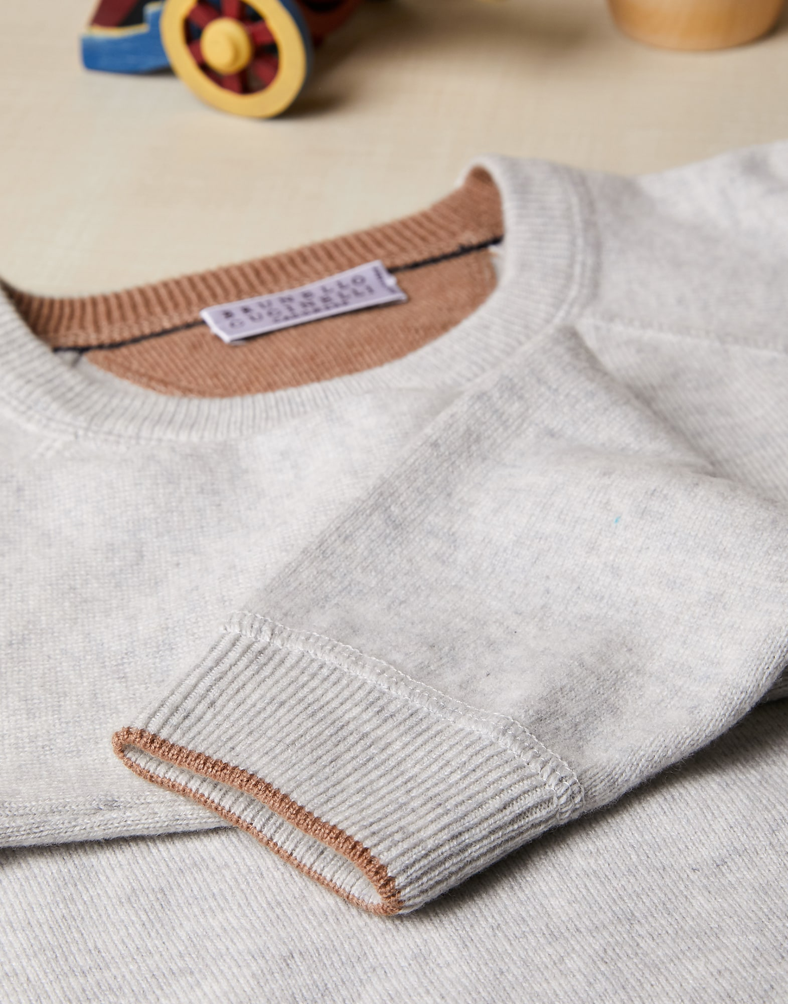 Crewneck Sweater - Detail