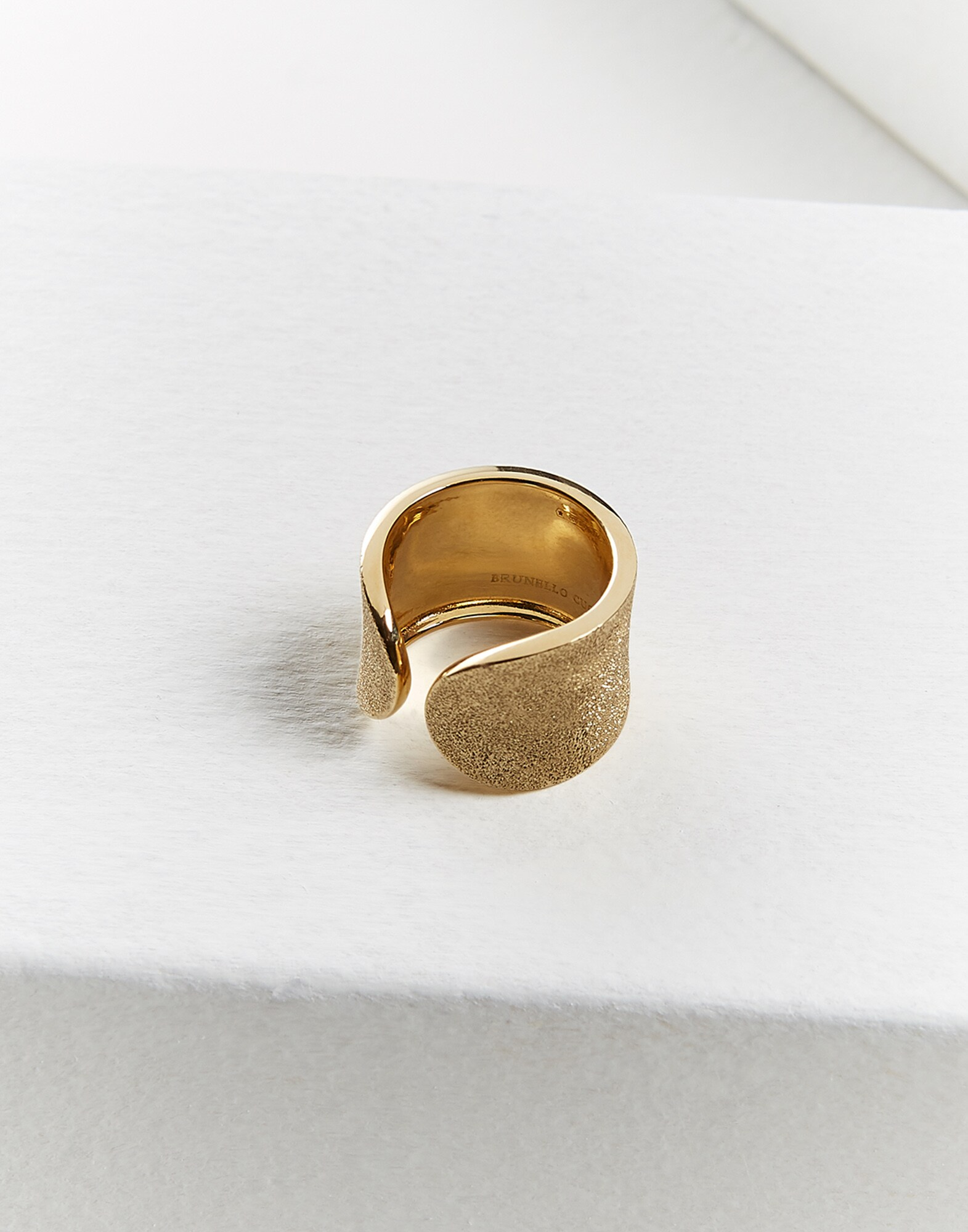 Ring Gold Woman 1 - Brunello Cucinelli
