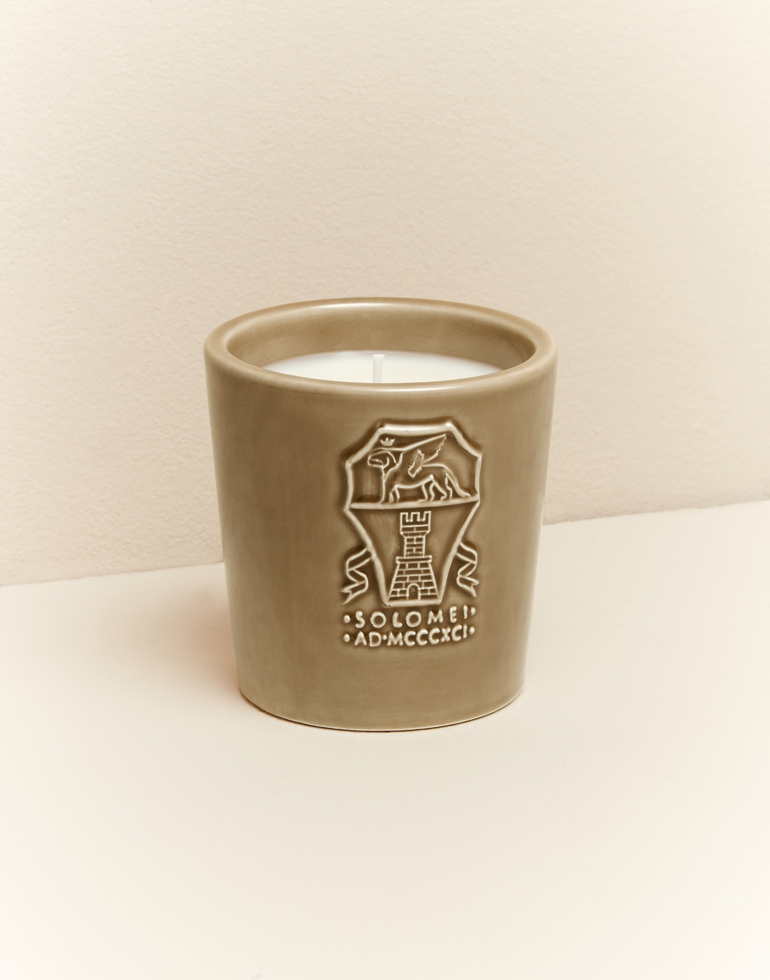 Candles Beige Lifestyle 1 - Brunello Cucinelli