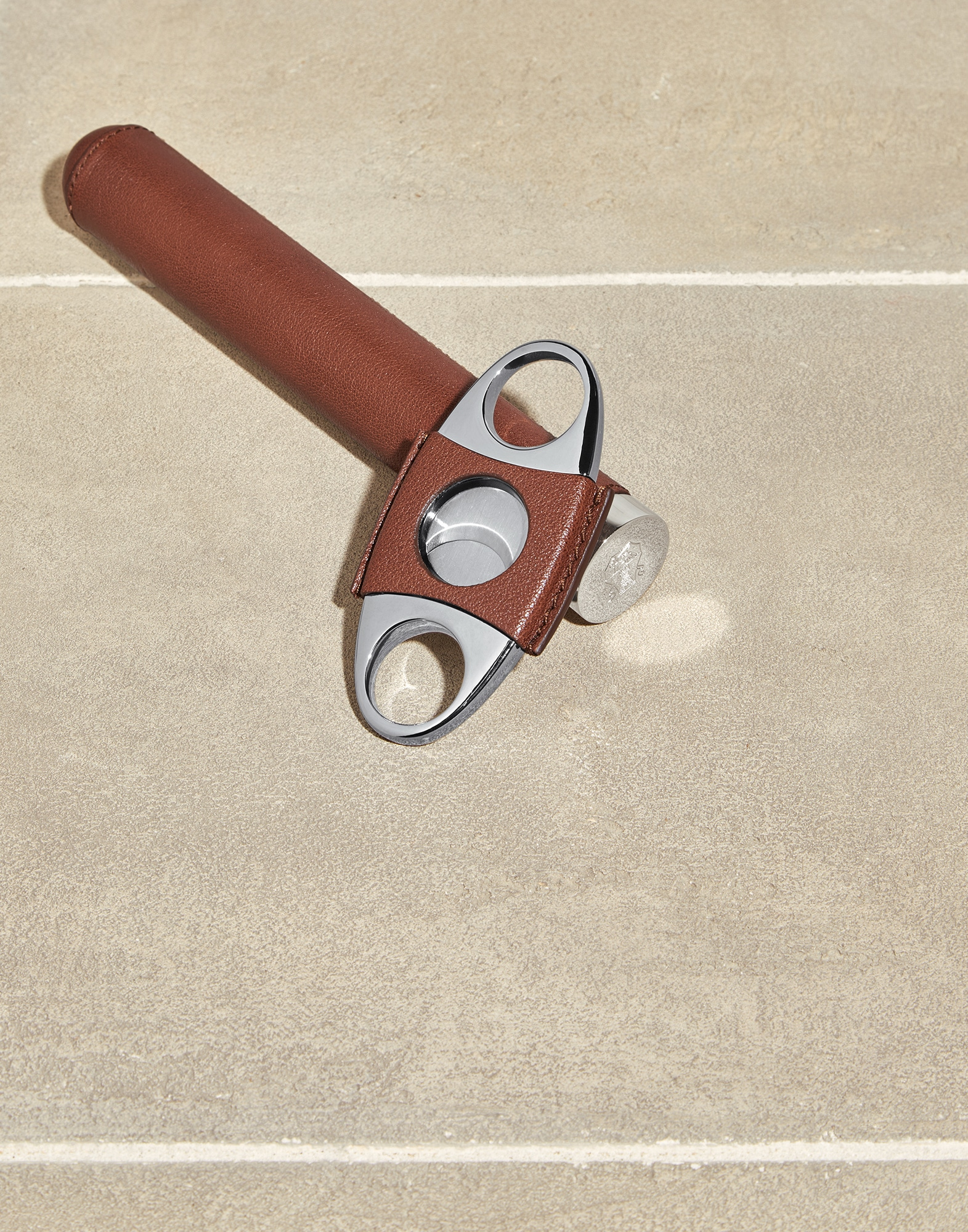 Cigar Cutter - Full look