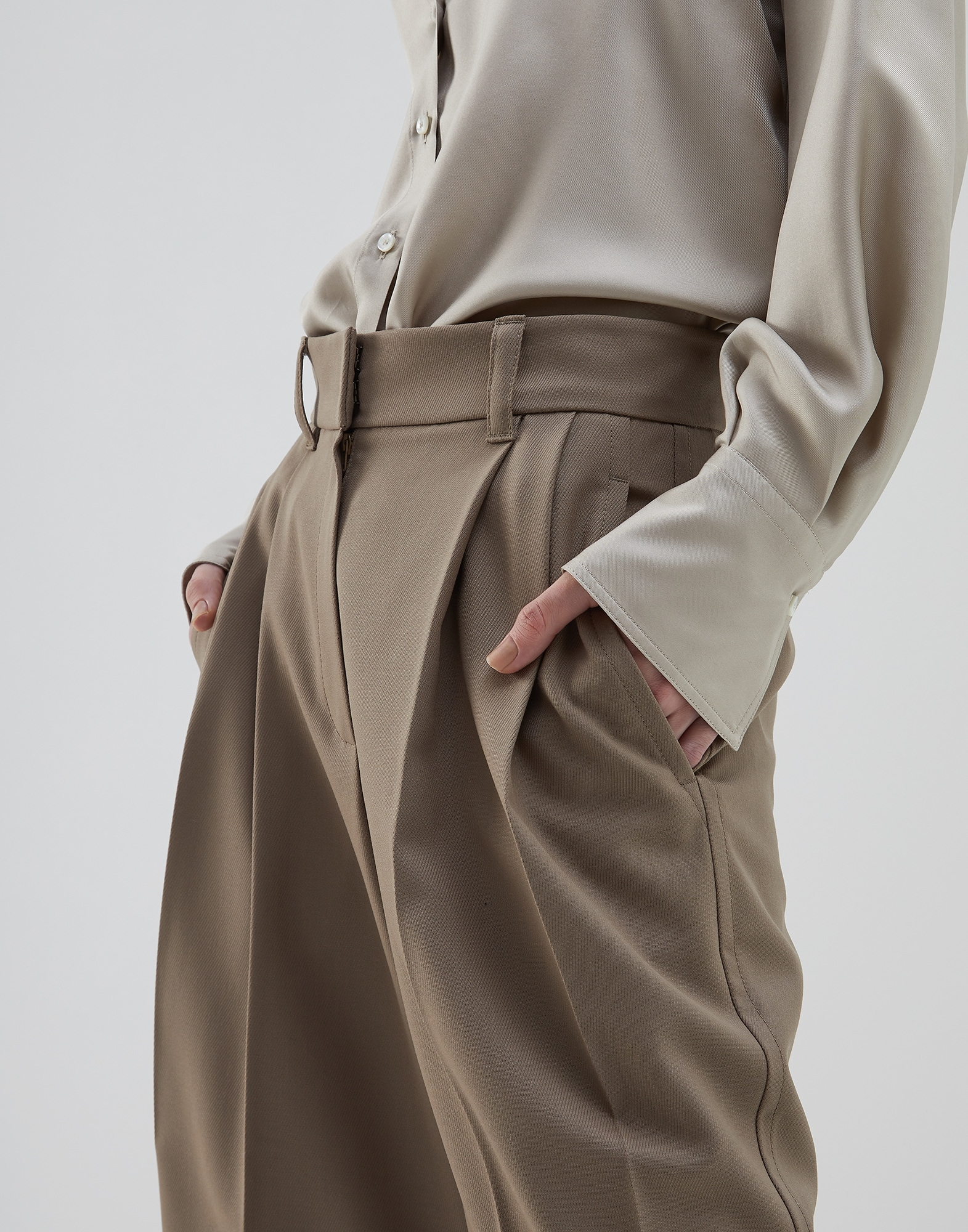 Bermuda Shorts Brown Woman 2 - Brunello Cucinelli