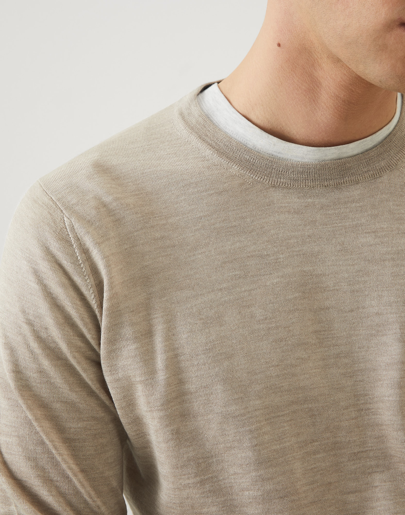 Crewneck - Detail view