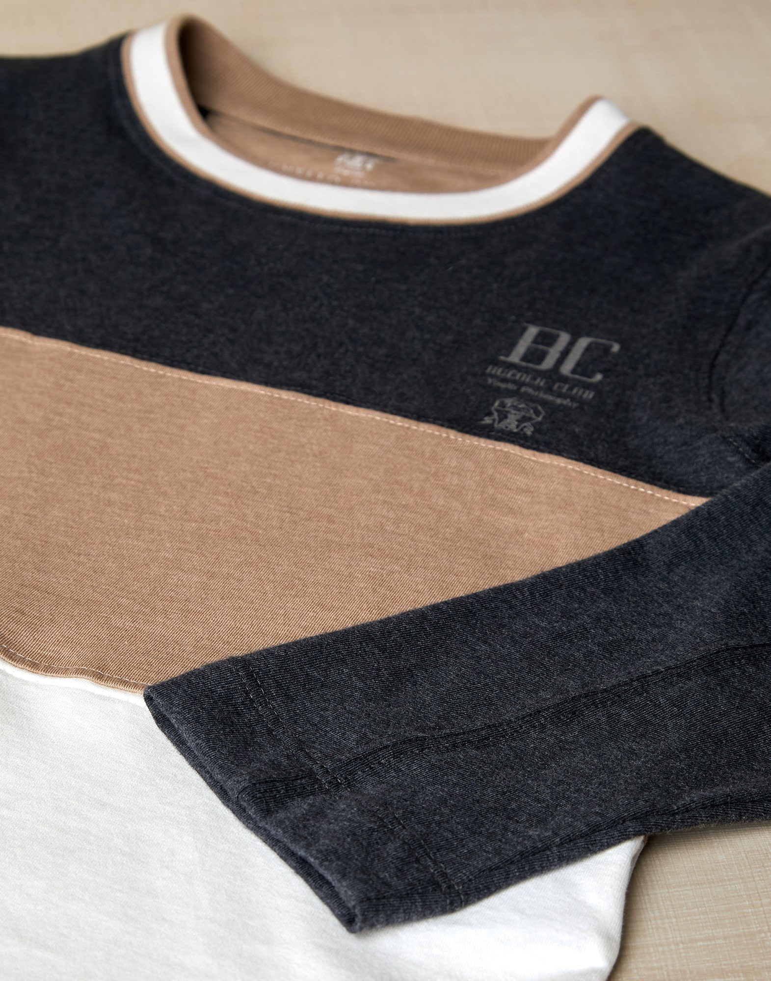 T-Shirt - Detail view