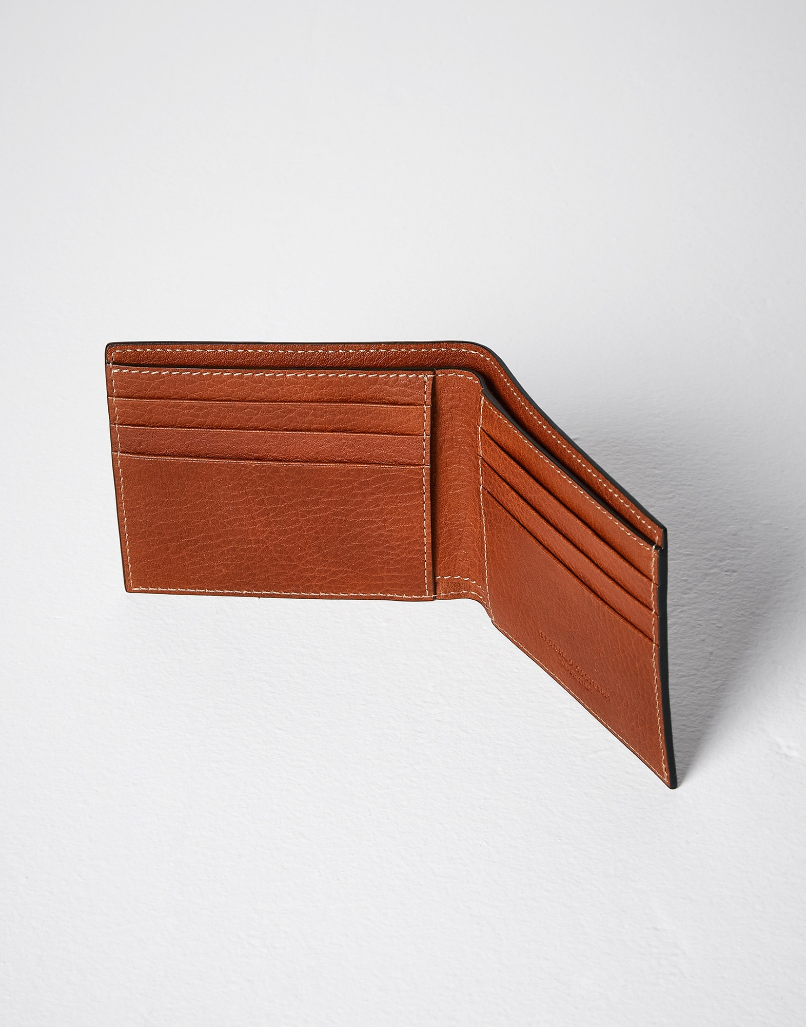 Wallet - Full look