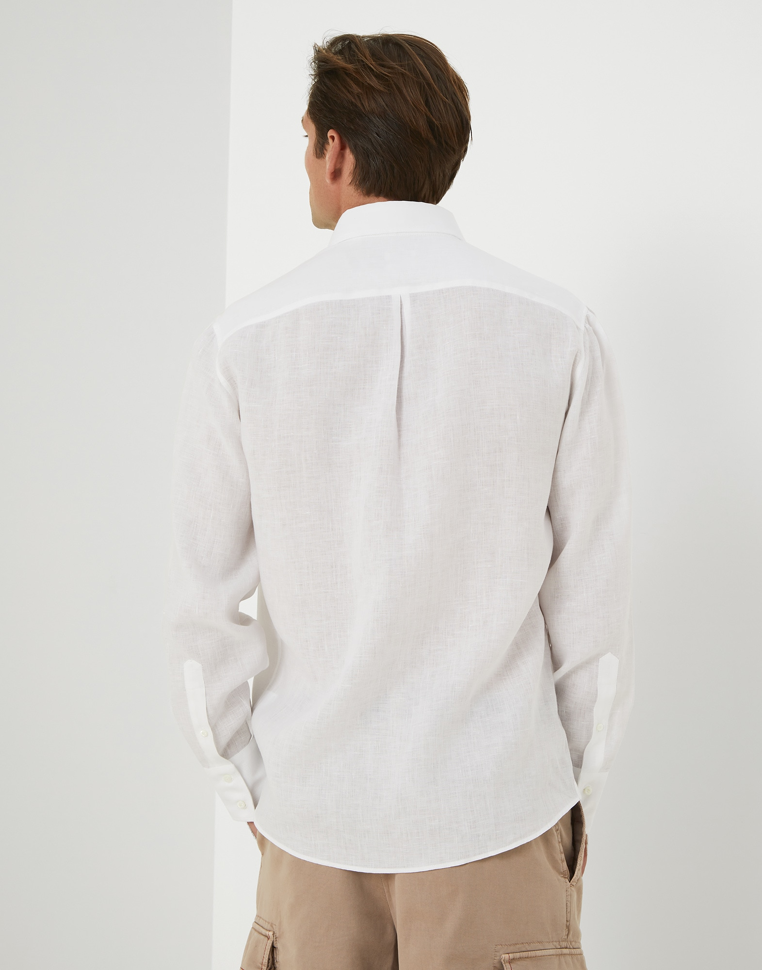 Basic - Back view