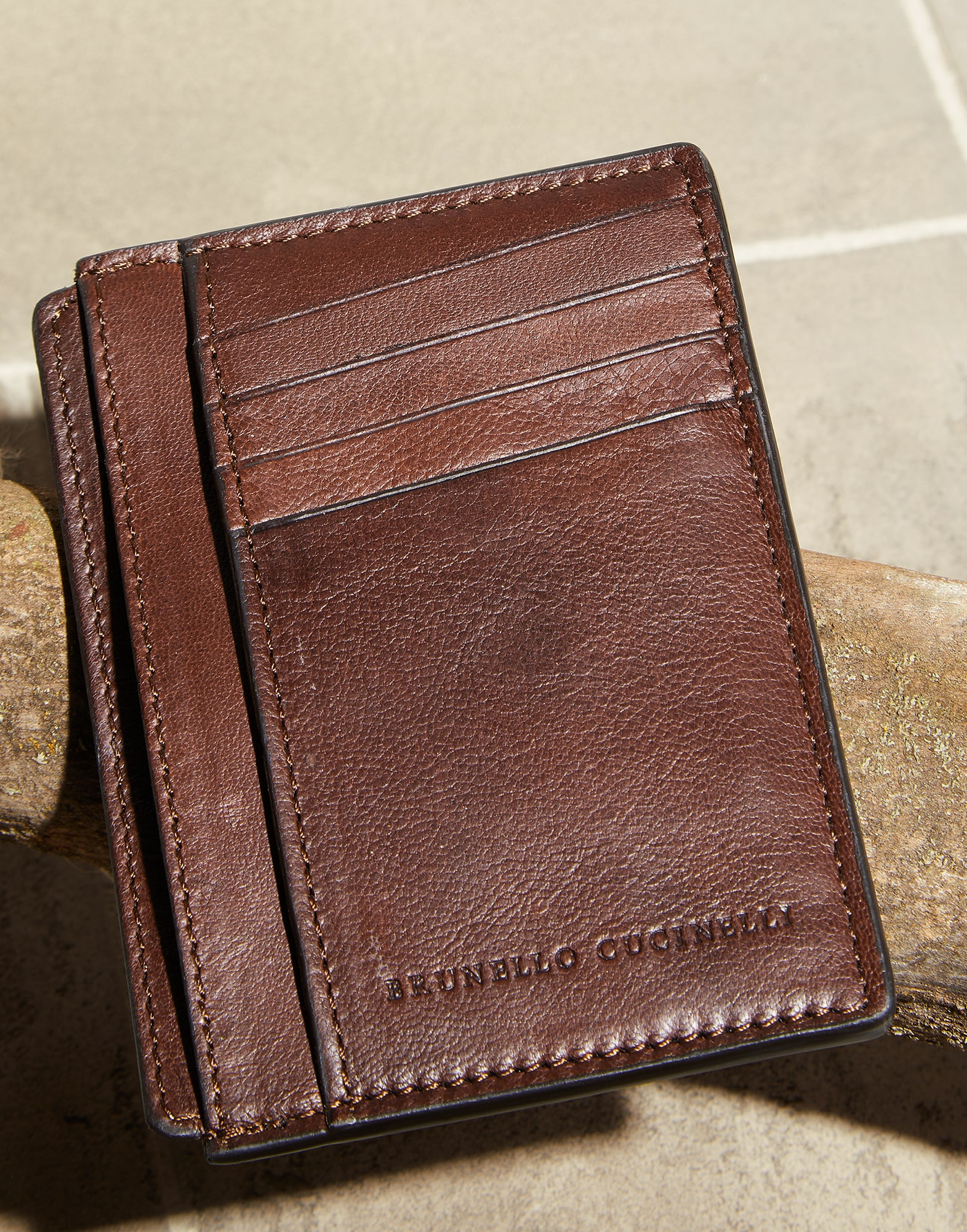 Card Holder - Detail
